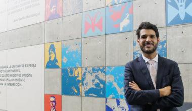 Académico de la Facultad de Artes Liberales, Ezio Neyra, asume como Jefe de la Biblioteca Nacional del Perú