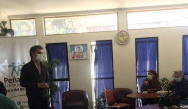 UAI realiza taller de cine para adultos mayores de la comuna de Peñalolén